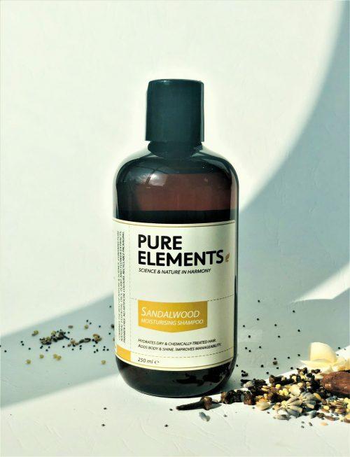 Pure Elements Sandalwood Moisturising plaukus drėkinantis sandalmedžio šampūnas